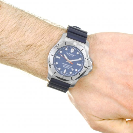Mens Victorinox Swiss Army Inox Professional Diver Watch 241734