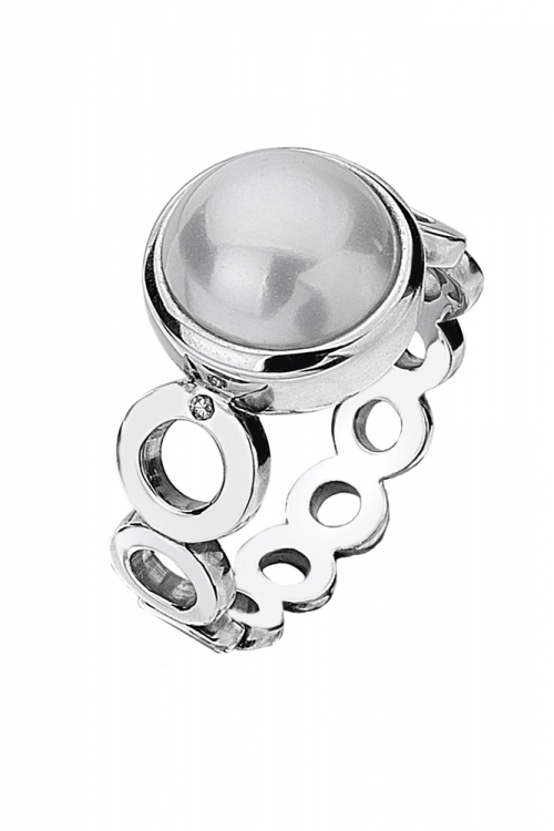 Image of  			   			  			   			  Hot Diamonds Diamonds And Pearls White Circle Ring JEWEL DR110/L